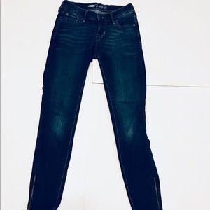 Old Navy Rockstar Ankle Zip Skinny Jeans